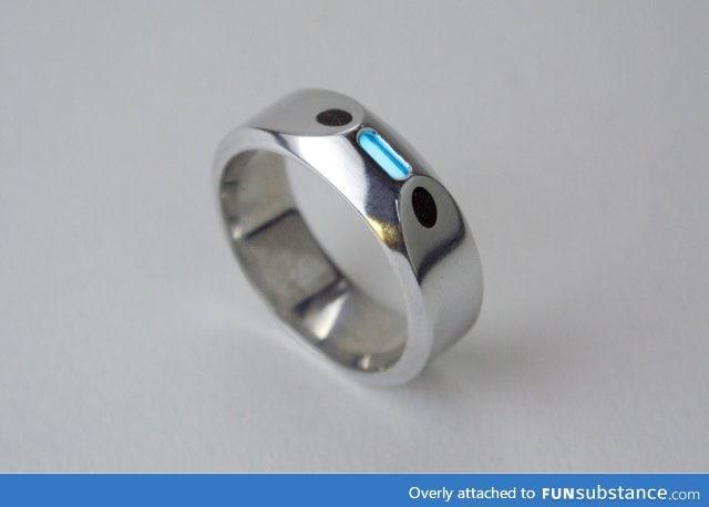 Wedding ring with glowing tritium FunSubstance