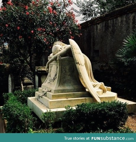 Weeping Angel gravestone, Protestant cemetery, Rome