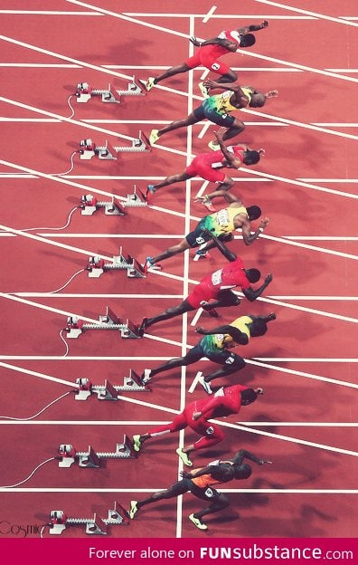 The first microseconds of a 100m sprint race