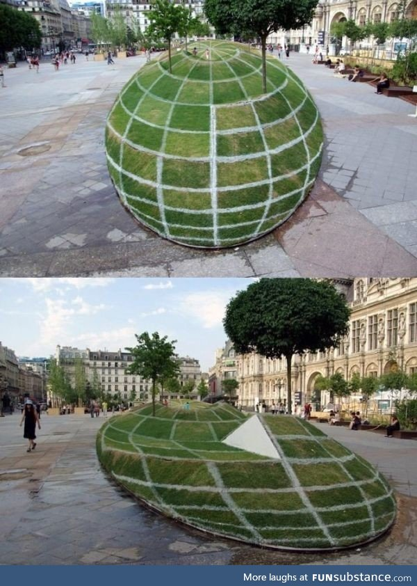 3D illusion park in Paris