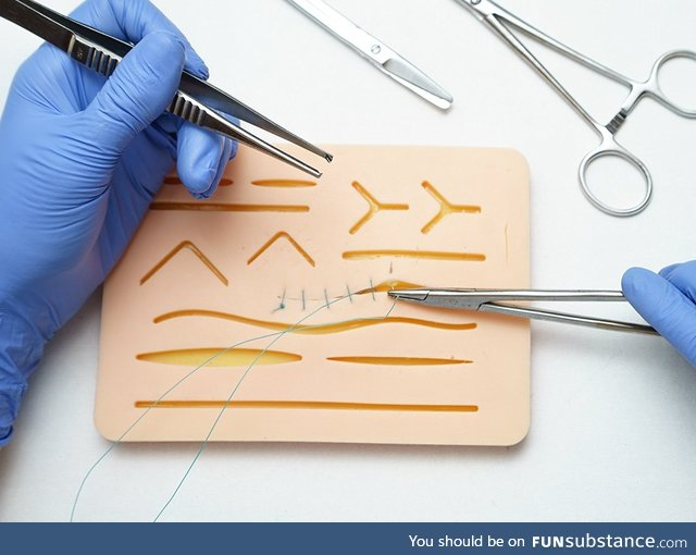 Suture training pad