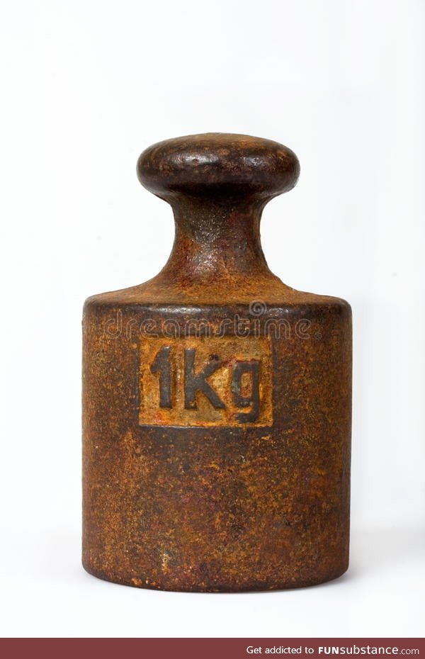 Americans are asleep. Here is a picture of a Kilogramm
