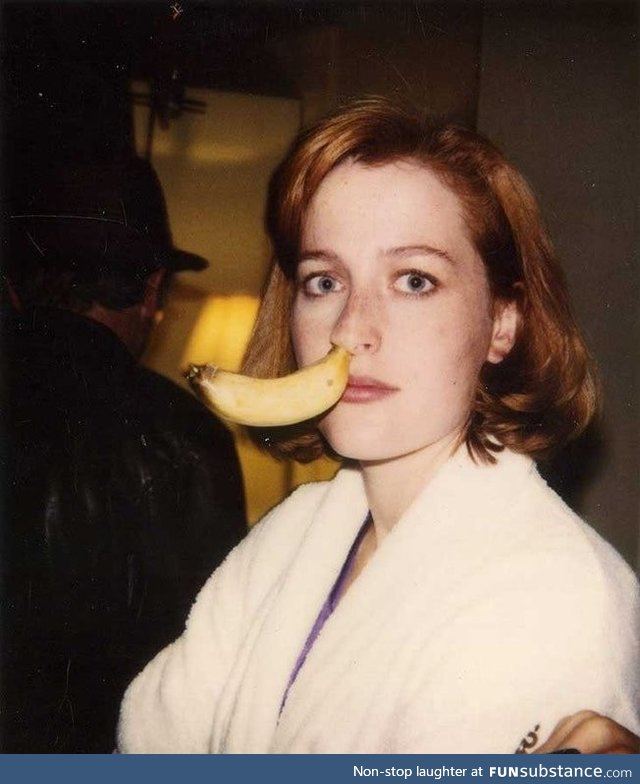 Gillie Anderson seems like a real goof ball, circa 1995