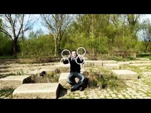 Wizard juggler blow people's minds with a ring of illusions