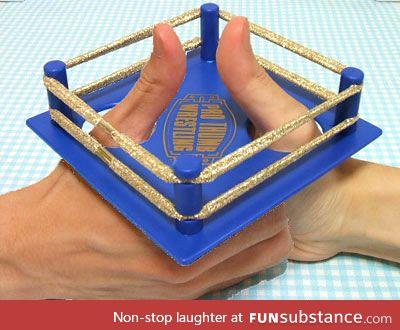Portable Thumb Wrestler