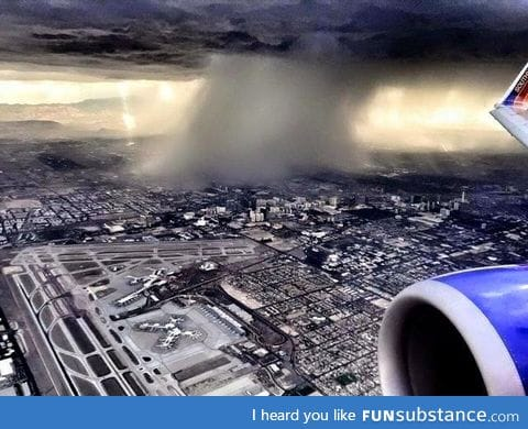 This is how rain looks from an airplane
