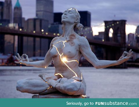 Cracked light sculpture, new york