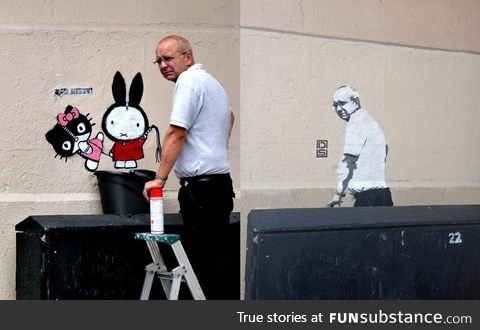 Graffiti removal guy comes back to discover image of himself