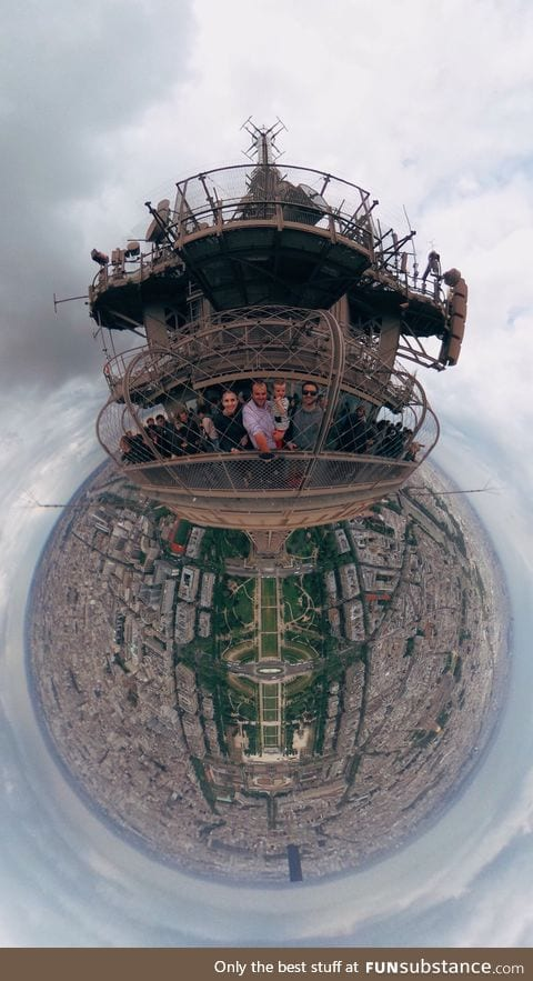 360° photo from top of Eiffel Tower