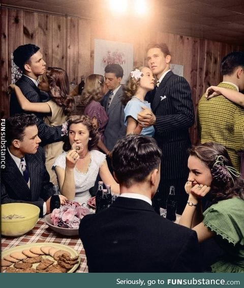 Teenage party in 1945