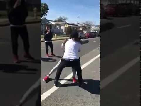 Man talks down street fight with insight about fake friends