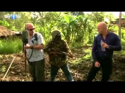 Ross Kemp held at gunpoint, handles it like it's a minor annoyance