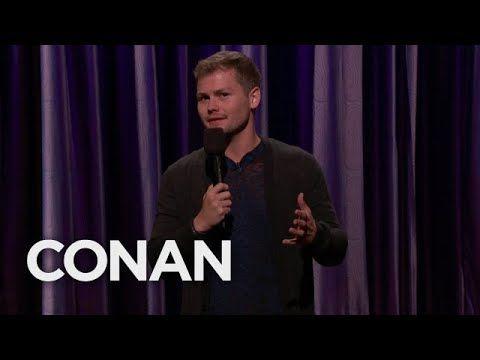 Drew Lynch comedian with a stutter made me laugh till my sides hurt