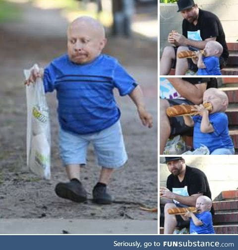Verne Troyer eating subway is the best thing ever