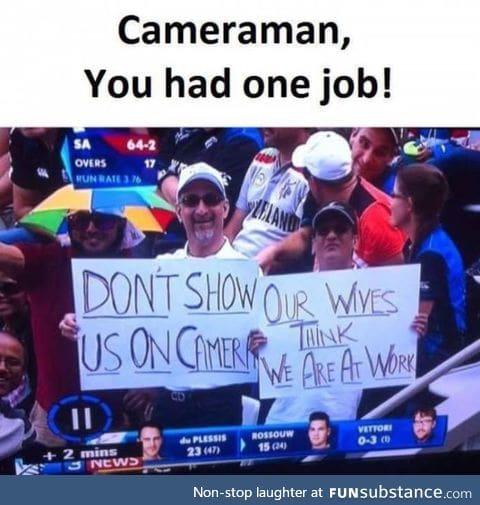 Cameraman that knows his job!