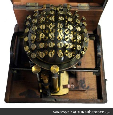 Writing ball typewriter from 1870