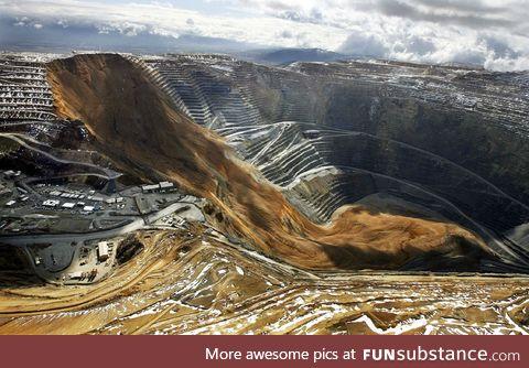 Massive landslide at a silver mine