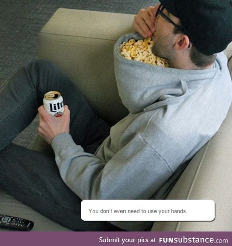Popcorn accessory for lazy people