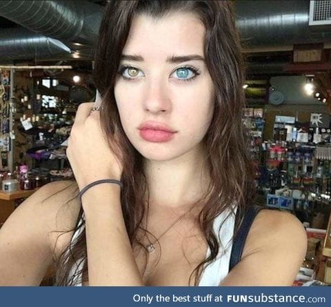 Sarah McDaniel, model with heterochromia