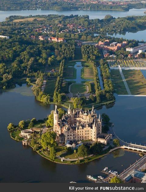 Schwerin Palace, seat of the Landtag of Mecklenburg-Vorpommern