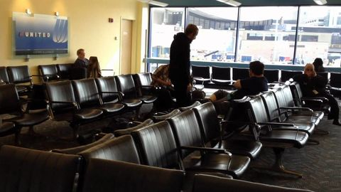Man Realizes He Forgot His Bag at the Airport