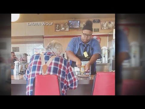 Waffle House waitress gets $16K scholarship after act of kindness goes viral