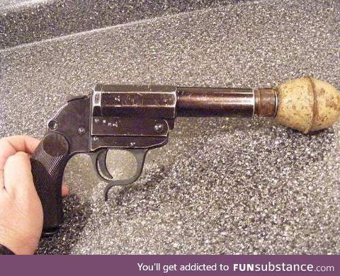 German WW2 - Grenade launching pistol