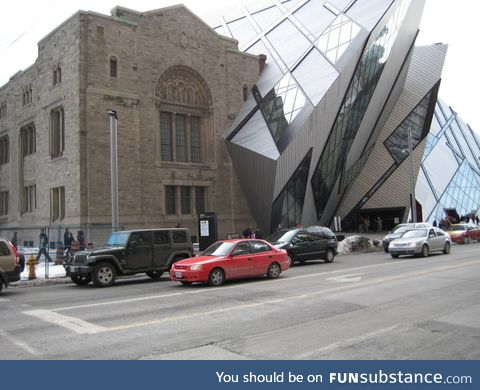 This Building looks like a graphics glitch