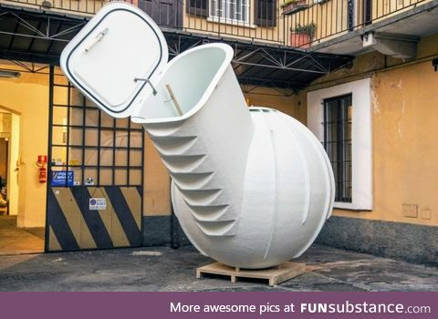 An electricity-free groundfridge. Used for storing fruits, vegetables, wine and cheese
