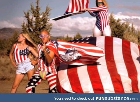 Happy 4th of July everybody!!