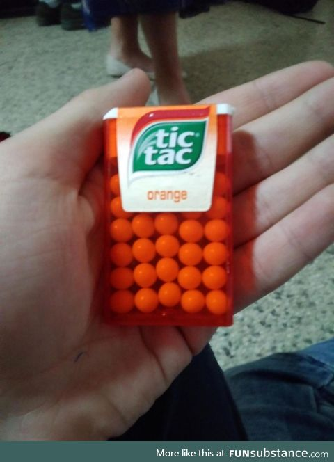 The way these tictacs are aligned