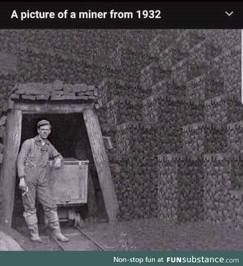 A hardworking German at a coal mine (1932)