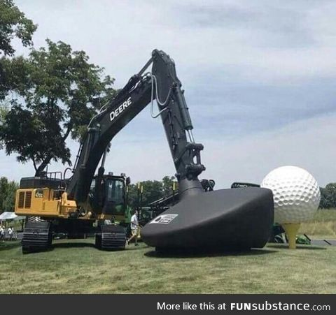 Giant golf