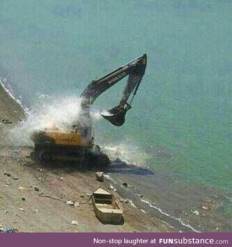 That's How A Excavator Takes Bath