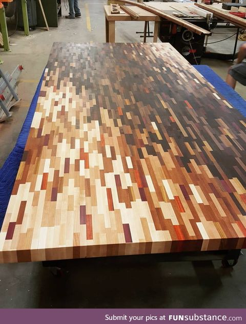 This wooden table's color composition