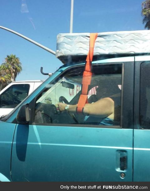 Next Level Mattress-on-top-of-Car Game