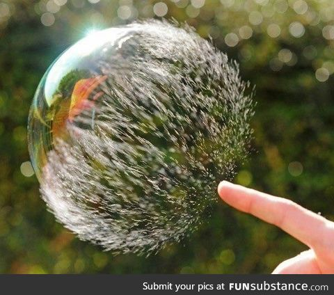 Bubble in mid burst