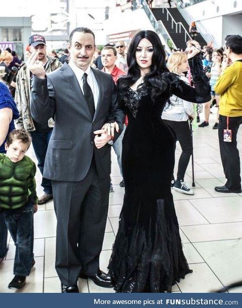 Gomez and Morticia Cosplay