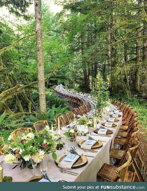 Enchanting table wedding