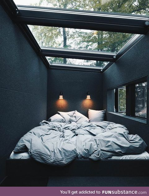 This room would be amazing during the rain