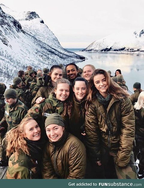 Norwegian army girl squad