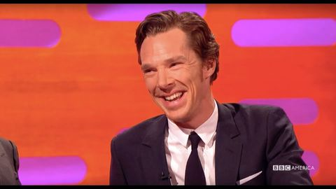 Benedict Cumberbatch reacts to a reddit review of himself