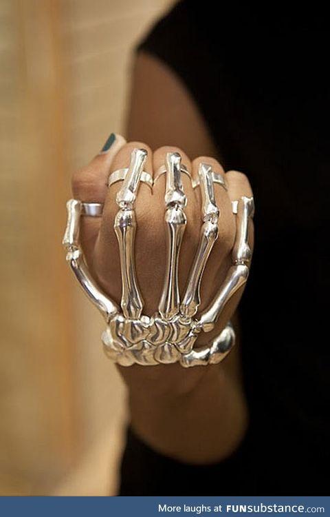 Awesome skeleton rings