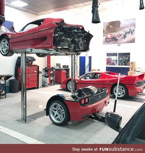 How the clutch is changed on a Ferrari F50