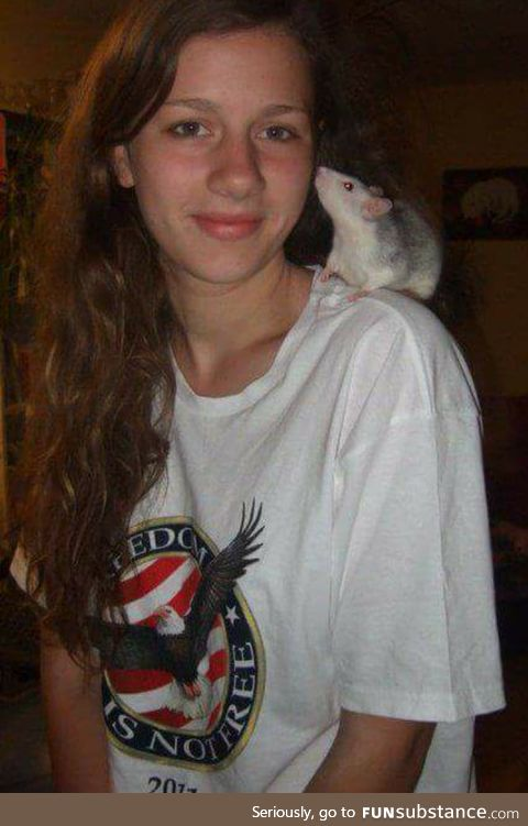 As for the pet posts - this is a 7yr old pic of me and Spidey, one of our four rats.