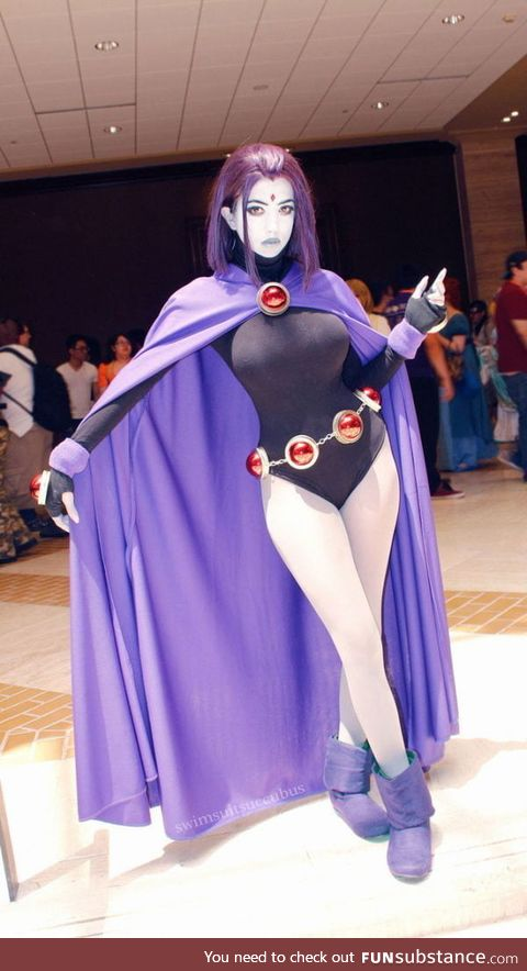 A Raven cosplay is like a pizza, even a bad one looks goooood, no saying this is a bad one