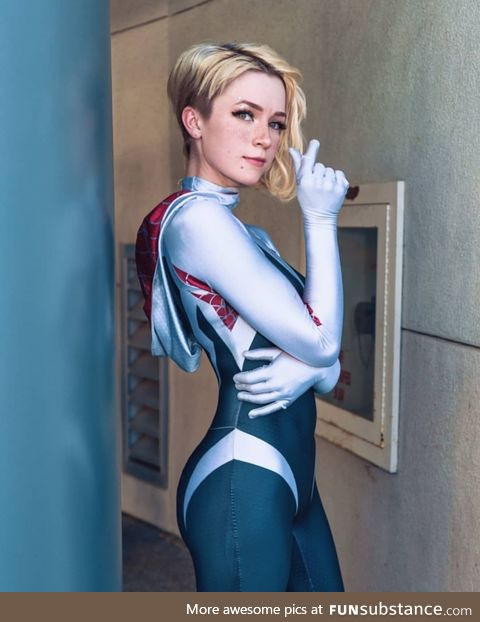 And look at this Gwen Stacy cosplay