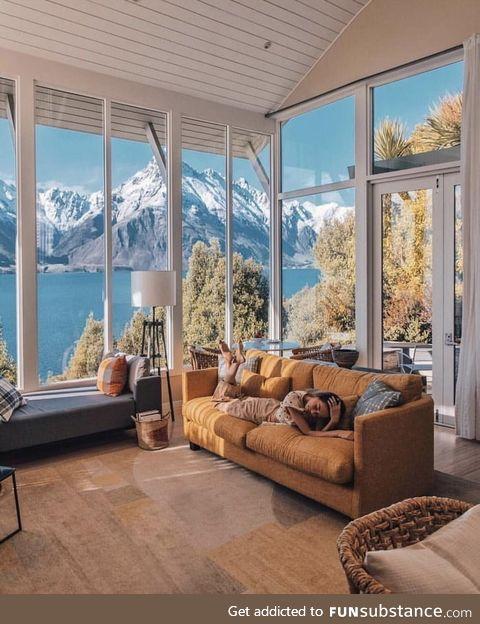 Spectacularly located on the shores of Lake Wakatipu, New Zealand