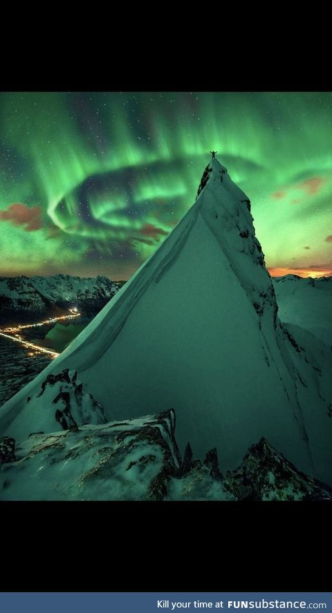 A long exposure shot of the Aurora Borealis