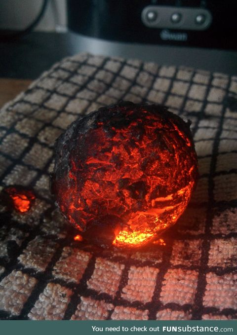 Burnt baked potatoe